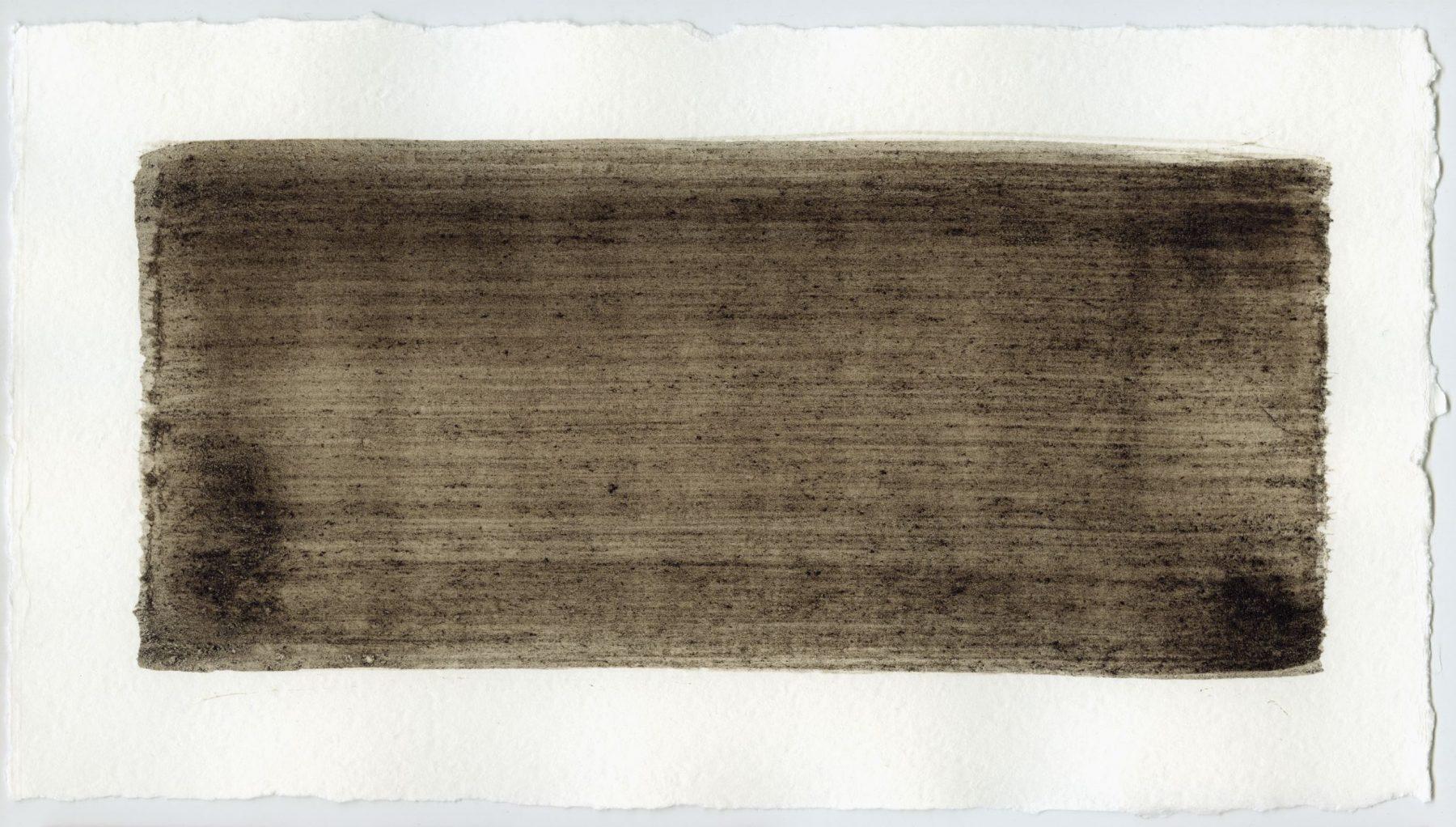 Brush stroke no. 118 - Selfmade pigment: Slingerpad bruin